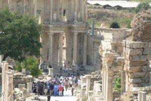 La-antigua-ciudad-de-Éfeso-500x500