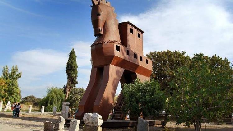 Viaje a Capadocia combinado con excursiones en Efeso-Pamukkale y Gallipoli-Troya