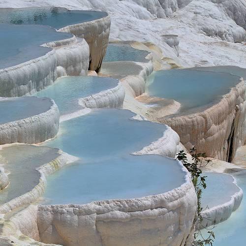 pamukkale: castillo de algodon en turquia