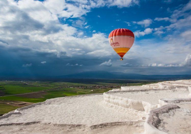 paseo en globo aerostatico en Pamukkale